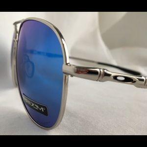 46646289da Oakley Accessories - Oakley Sunglasses Elmont M OO4119 color 10 Silver